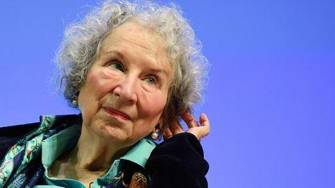 Doble o nada: la Academia sueca busca su redención con dos Nobel de Literatura