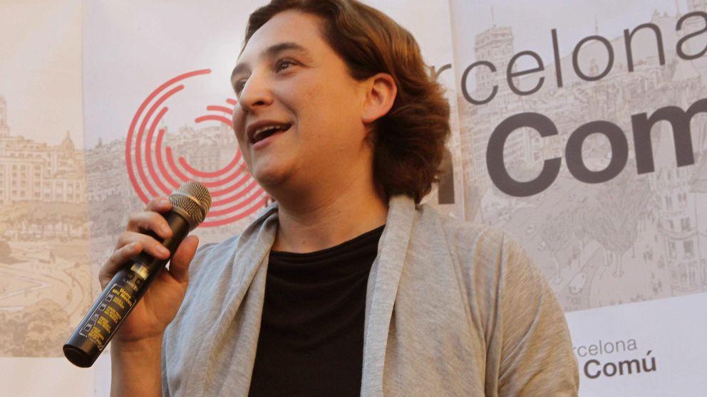 Colau explica su modelo para Barcelona ante la 'gurú' anticapitalista de EEUU