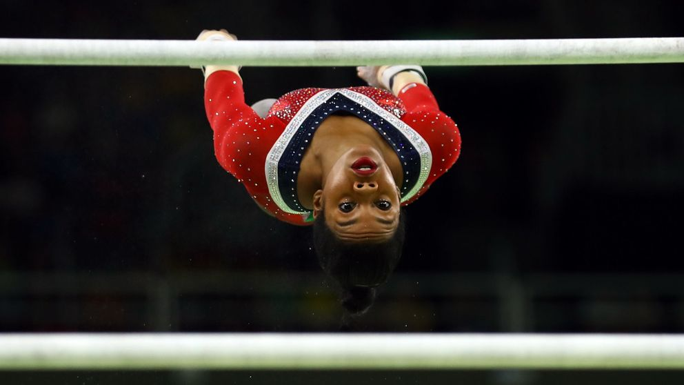 Gabby Douglas, otra gimnasta que acusa al depravado sexual Larry Nassar