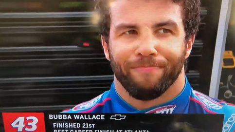 Bubba Wallace, piloto de la NASCAR, se desmaya en plena entrevista en directo