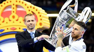 El Real Madrid, rey de Europa con Franco y también en color (con el PP)