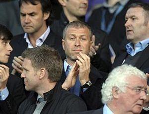 UEFA quiere controlar el gasto y pone cerco a los jeques y magnates del fútbol
