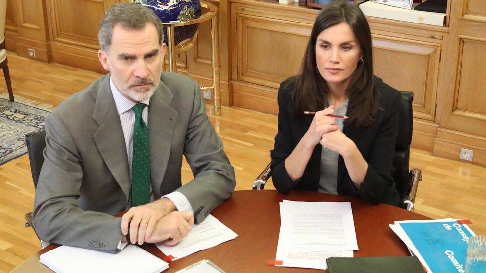 Felipe y Letizia, unidos frente al Covid-19: así continúan con su trabajo de despacho