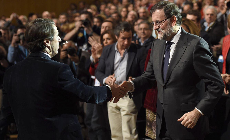 José Maríaz Aznar y Mariano Rajoy. (Efe)