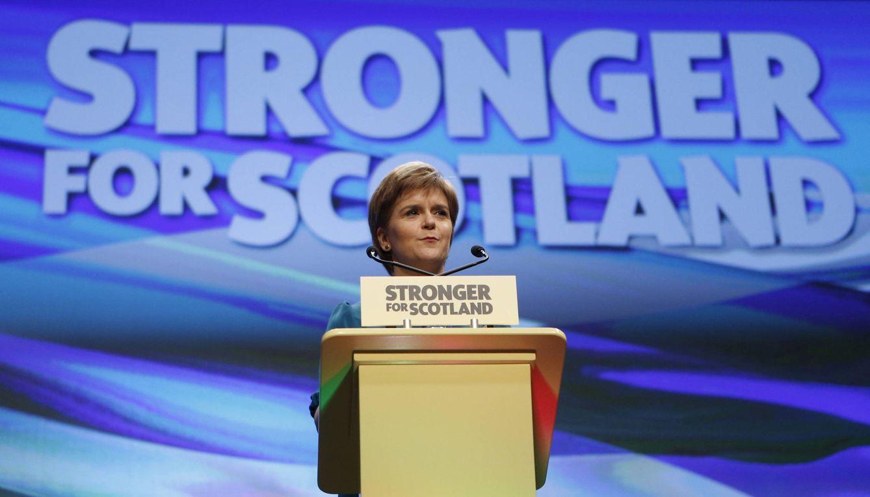 Nicola Sturgeon durante su discurso en la conferencia anual de su partido, en Aberdeen, Escocia (Reuters).