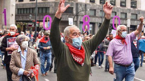 Miles de pensionistas se manifiestan en el País Vasco y Navarra