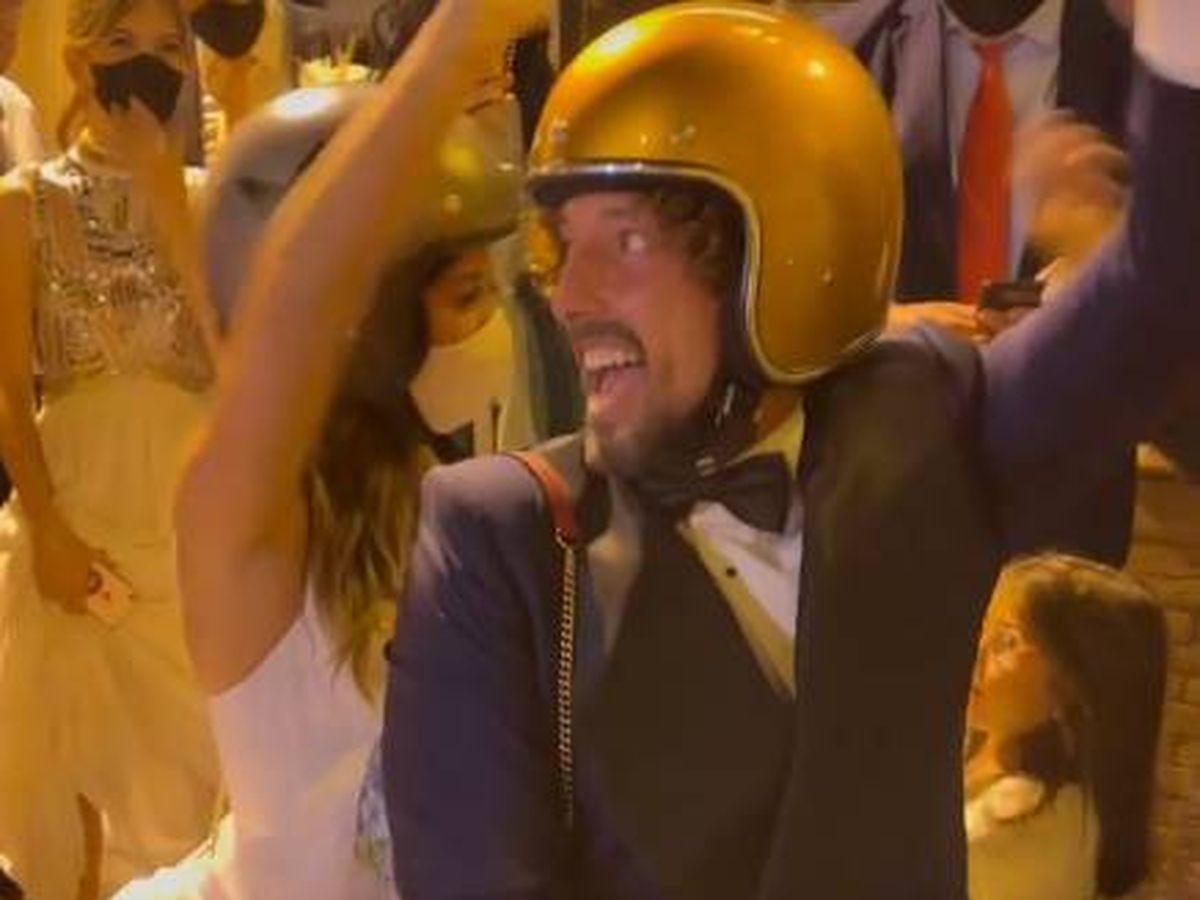 Foto: José Antonio León y Rocío Madrid, tras su boda. (IG)