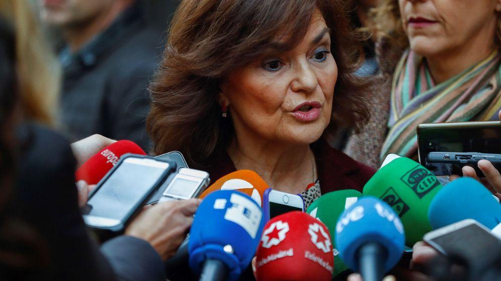 Foto: Carmen Calvo comparece ante los medios de comunicación. (EFE)