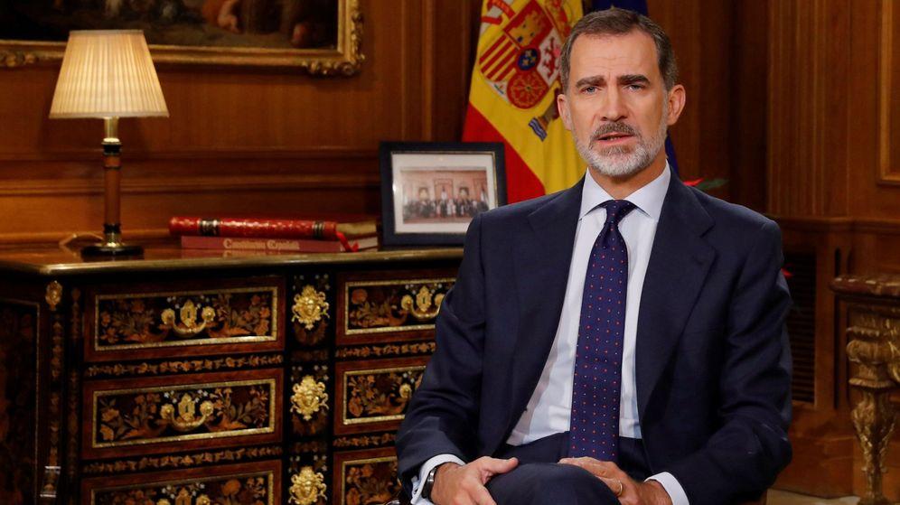 Foto: El Rey Felipe VI dirige a los españoles el tradicional mensaje de Navidad, el sexto de su reinado, desde el Palacio de La Zarzuela. (EFE)