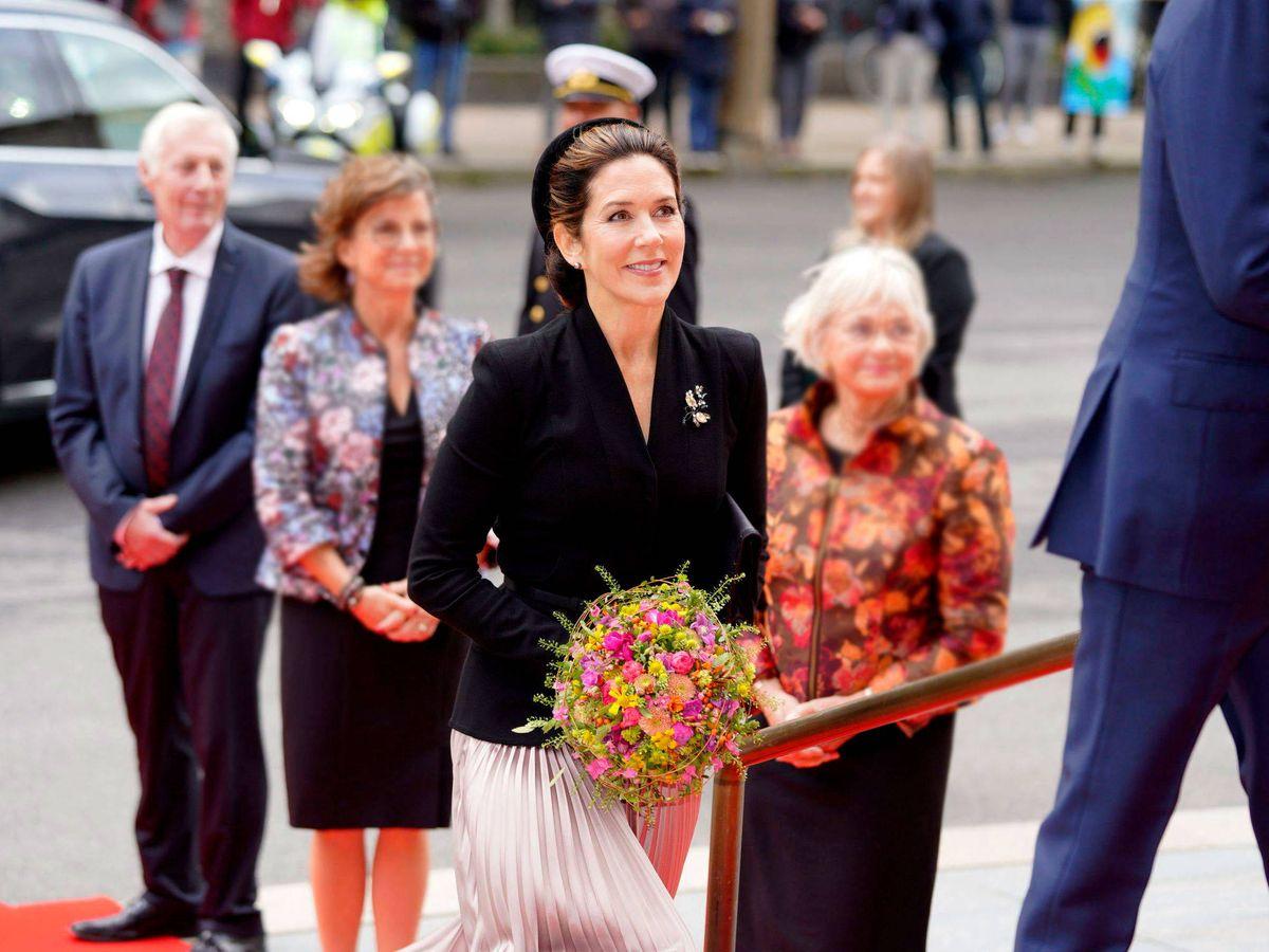 Foto: La princesa Mary de Dinamarca, a su llegada al Parlamento. (EFE)