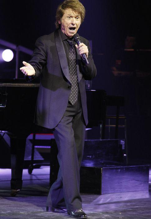 Foto: El cantante Raphael durante su último concierto en el Teatro de la Zarzuela de Madrid (I.C.)
