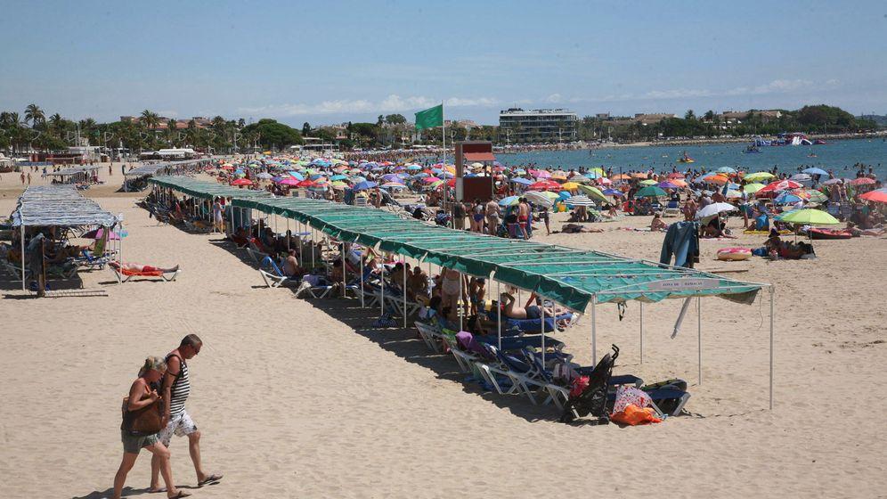Foto: La playa del Regueral, en Cambrils, tenía bandera verde en el momento del accidente (EFE/Jaume Sellart)