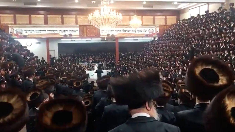 Escándalo en Estados Unidos por una boda judía con 7.000 invitados en plena pandemia