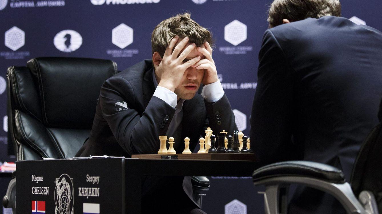 Magnus Carlsen emula a Mourinho: derrota, mosqueo y plantón a la prensa
