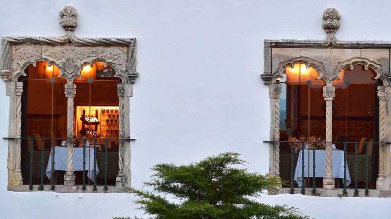 La Pousada de Óbidos y sus ventanas manuelinas.