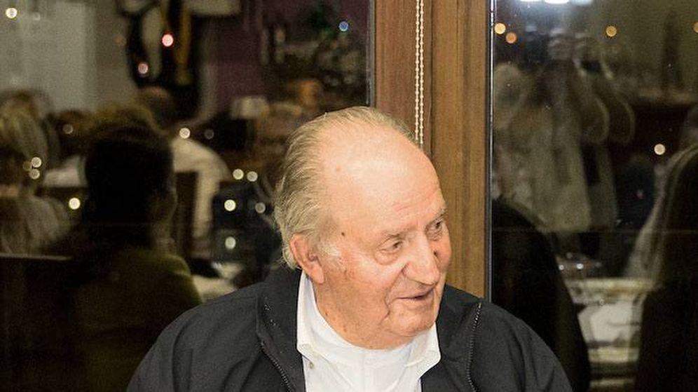 Foto:  El rey Juan Carlos, durante la cena benéfica. (Cordon Press)