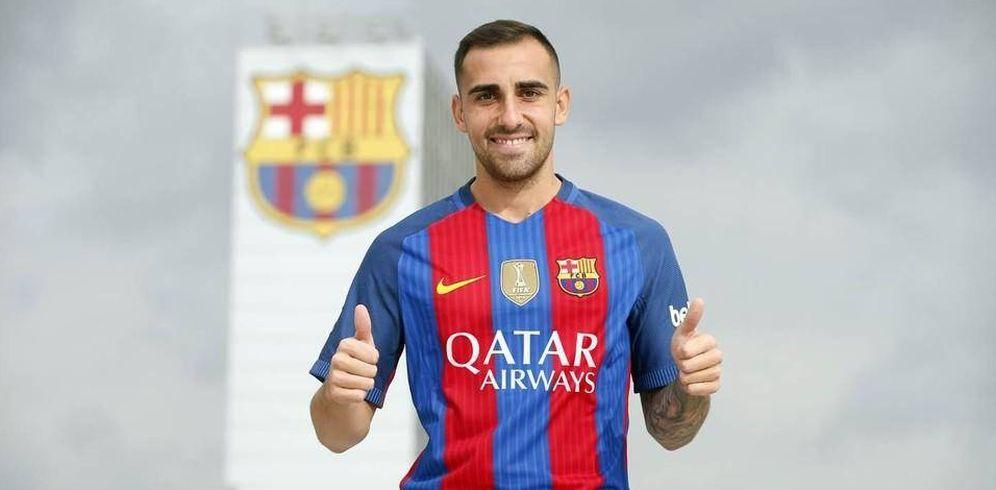 Foto: Paco Alcácer posa con la camiseta del Barcelona (FOTO: www.fcbarcelona.es)