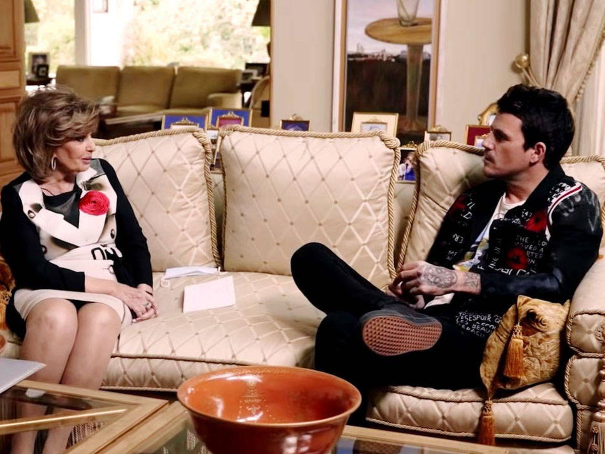 Foto: María Teresa Campos y Dani Martín. (YouTube)