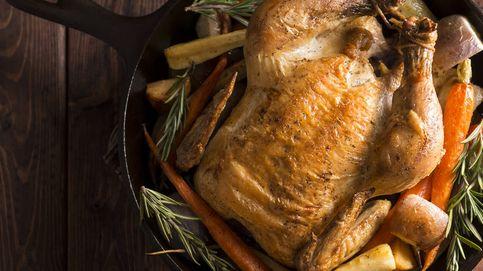 El peligroso error que puedes cometer cuando vas a cocinar pollo