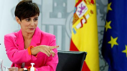 La portavoz del Gobierno evita decantarse por Díaz o Calviño y no aclara cuándo subirá el SMI