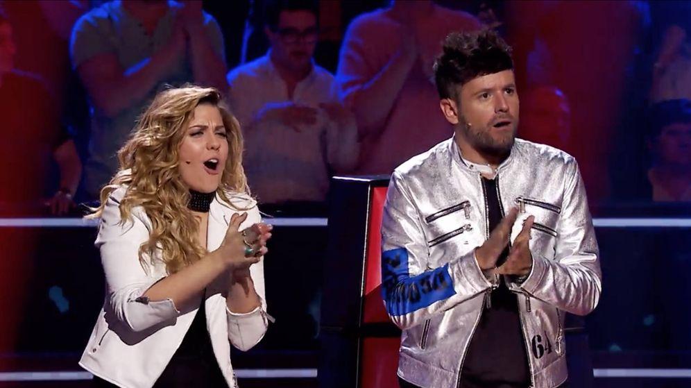 Foto: Miriam Rodríguez y Pablo López en 'La Voz'. (Atresmedia)