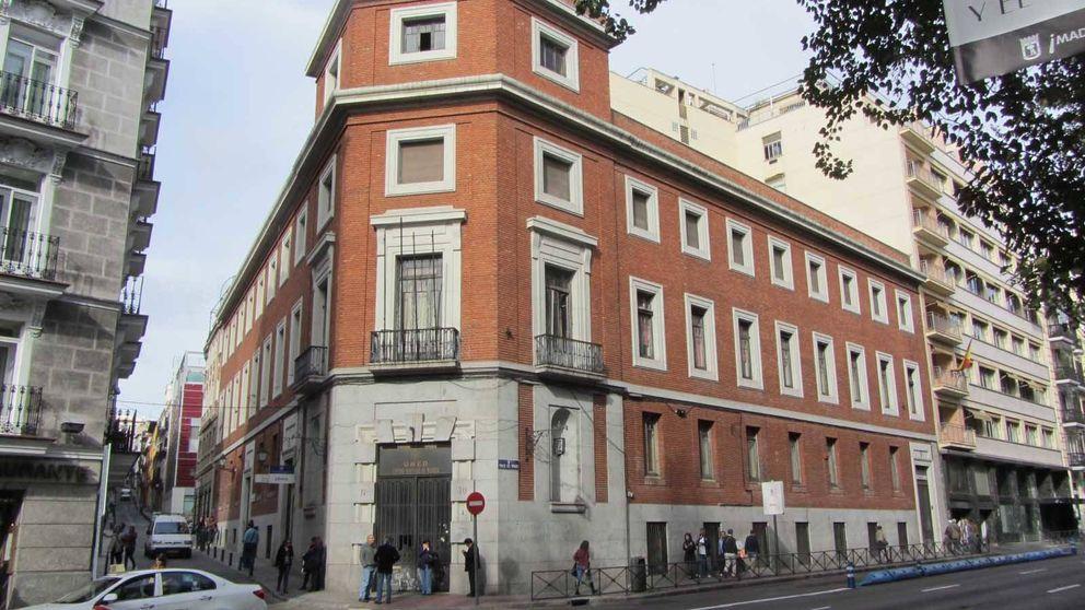 La guerra por Ambasz: el Ayuntamiento se opone al 'pelotazo' pese a Patrimonio