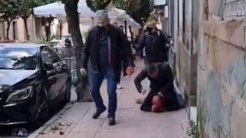 La justicia deja en libertad a los dos policías que se pelearon con un padre y su hija