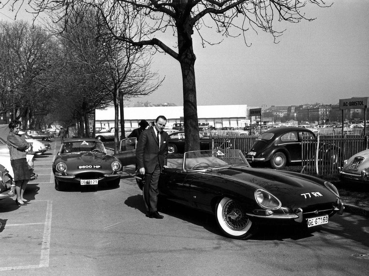 Foto: Llegada de los dos modelos originales a las proximidades del Salón de Ginebra en 1961.