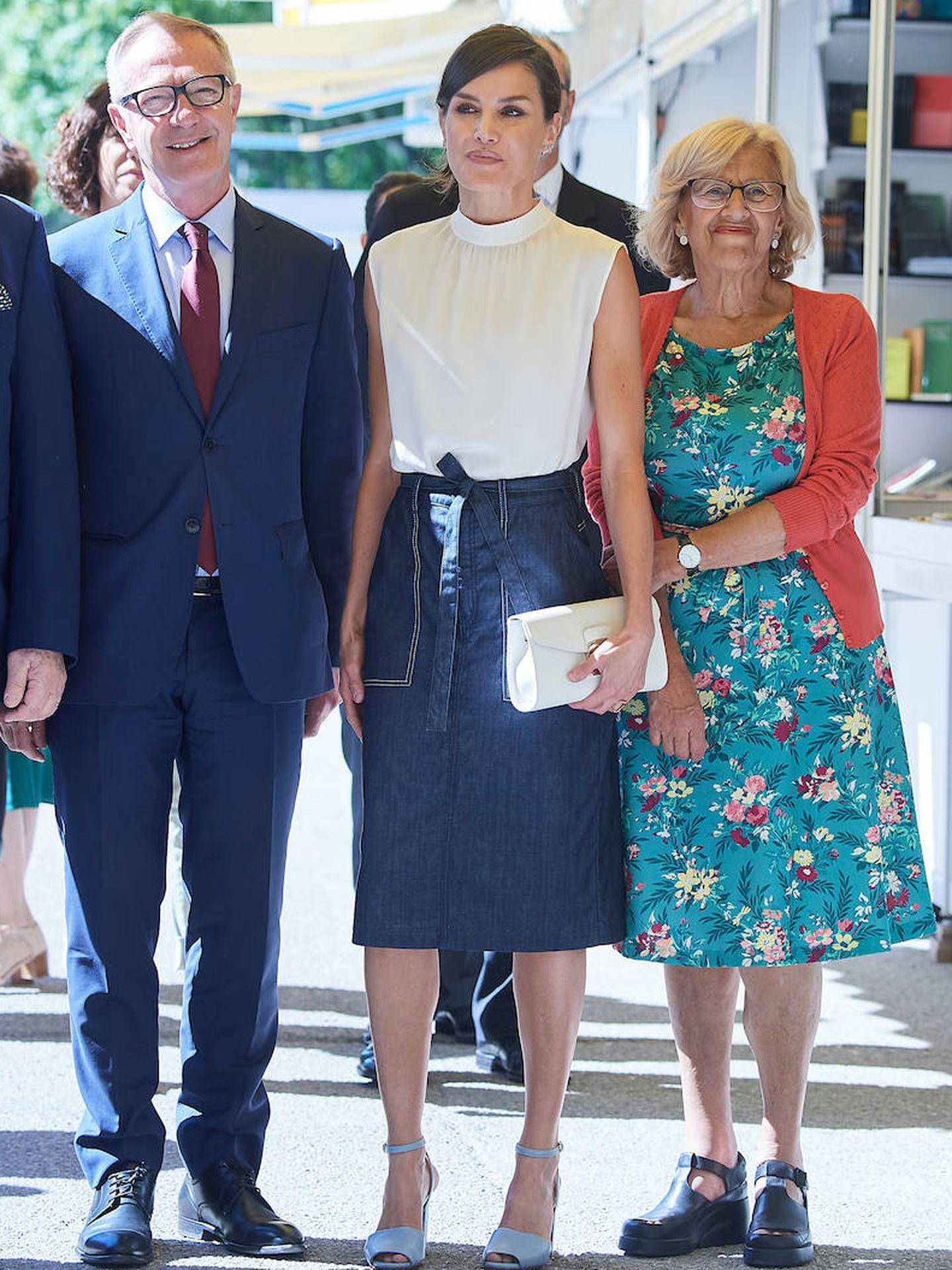 Con la alcaldesa de Madrid y el ministro de Cultura, ambos en funciones. (Limited Pictures)