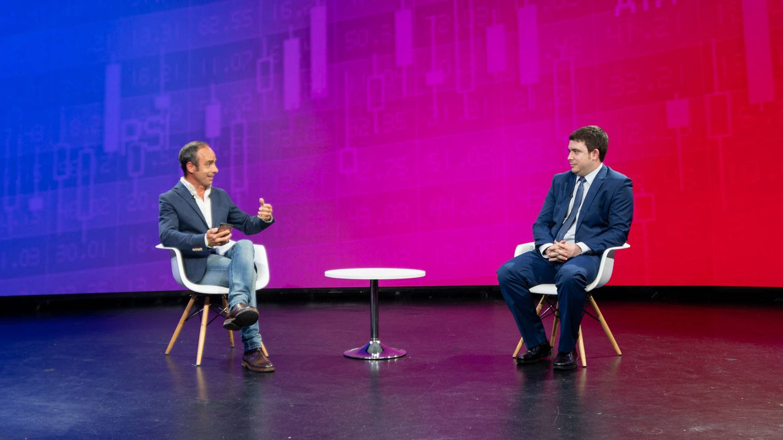 Javier Molina, colaborador de El Confidencial; y Javier Rillo, jefe de análisis de Ibercaja Gestión.