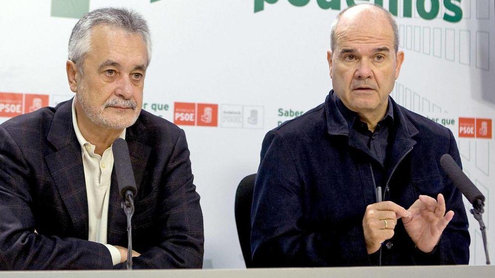 Foto: Los expresidentes José Antonio Griñán y Manuel Chaves. (EFE)