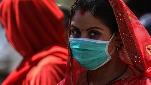 Material sanitario infectado de Covid inunda los vertederos de Nueva Delhi