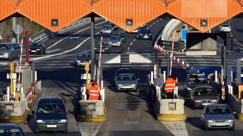 El Gobierno plantea liberar o bajar los peajes de las autopistas que reviertan al Estado