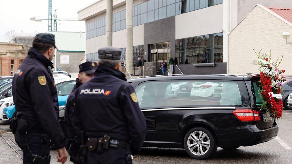 Foto: Investigación por caso de fraude en la funeraria de Valladolid El Salvador (Efe)