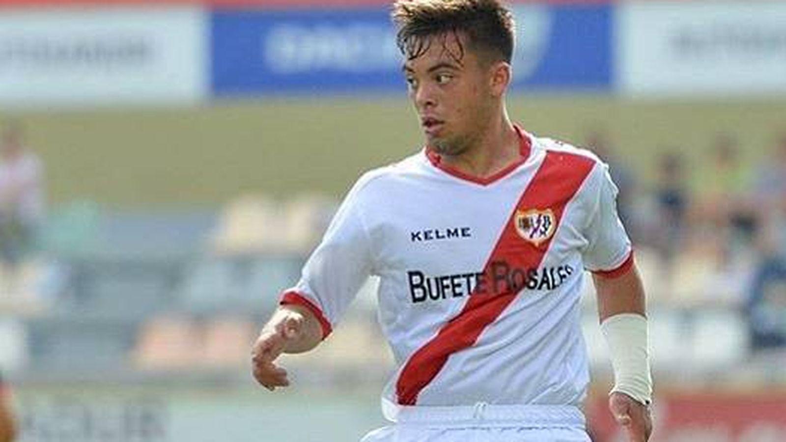 Foto: Fran Beltrán en acción durante un partido del Rayo Vallecano. (FOTO: Instagram)