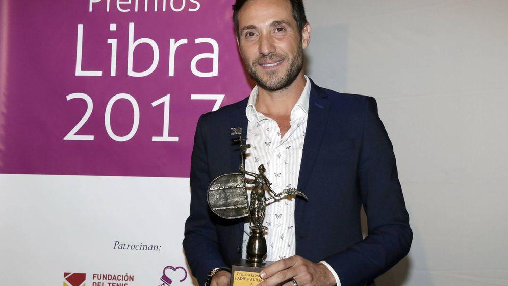 Foto: Antonio David Flores recoge el Premio Libra 2017. (Gtres)