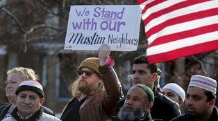 Soy americano, pero solo me ven como un musulmán