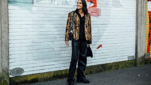 Bershka tiene los pantalones efecto piel que estás buscando