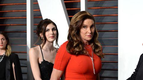 Caitlyn Jenner, la sensación en la alfombra roja del fiestón tras los Oscar