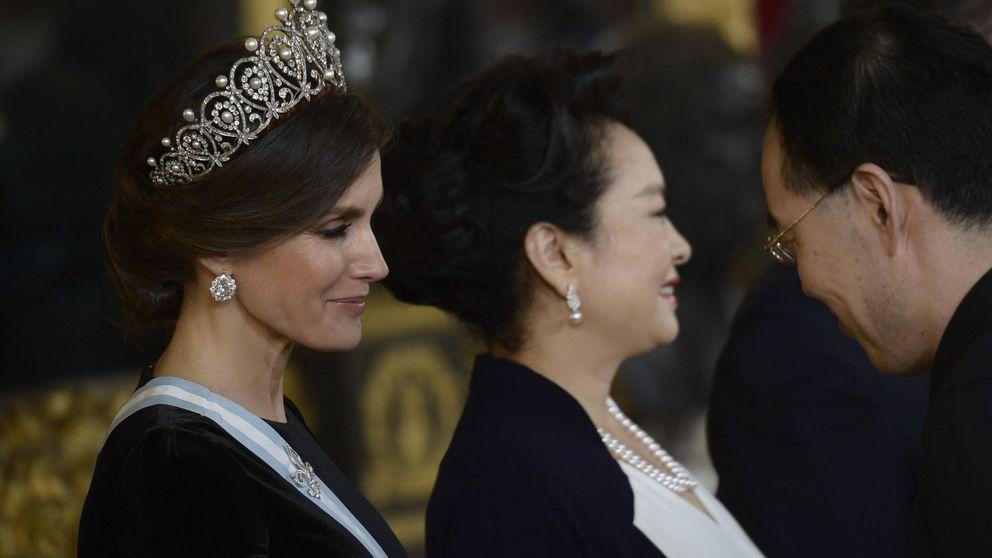 La reina Letizia estrena la tiara Rusa, la única del joyero real que le quedaba por lucir