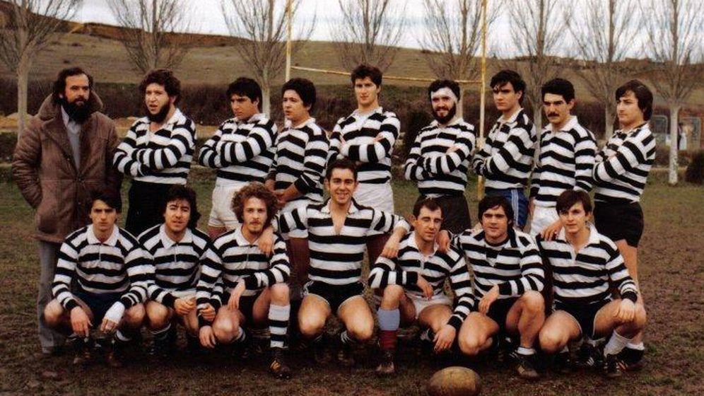 Foto: El Salvador, los hombres de blanco y negro (Rugby El Salvador.com).
