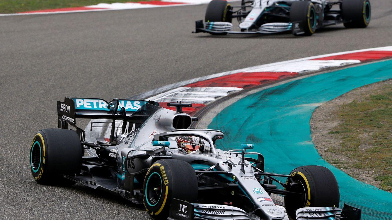 Resultado de Fórmula 1: victoria de Hamilton y golpe de Mercedes a Ferrari con Sainz 14º