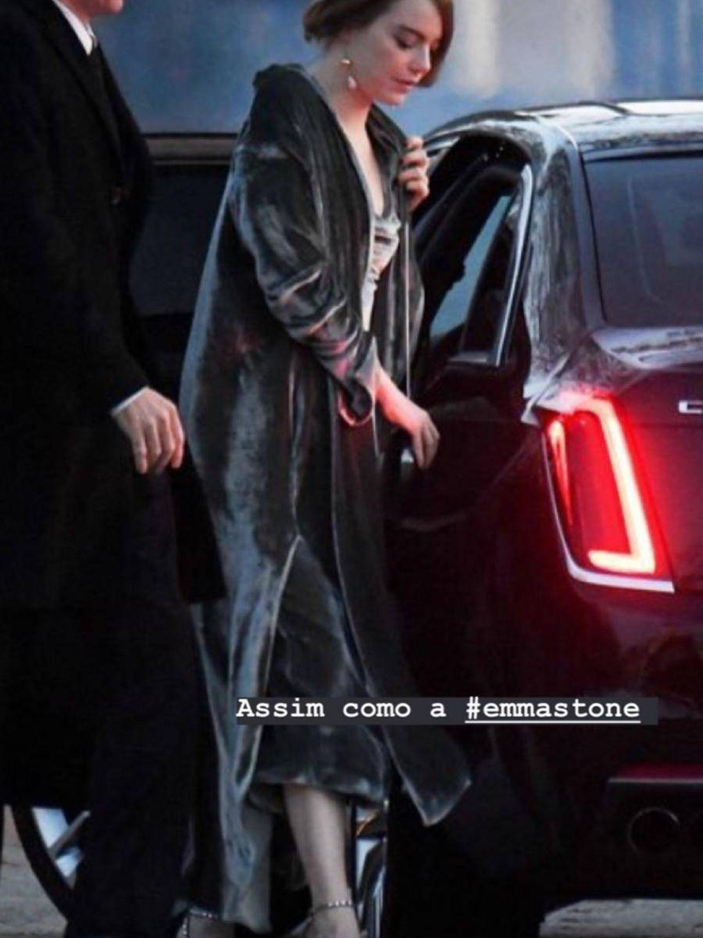 El look de invitada de la actriz Emma Stone (Instagram)