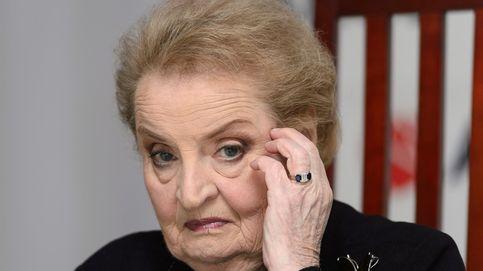 Albright: Si los ciudadanos renunciamos al poder, acabará en manos de un dictador