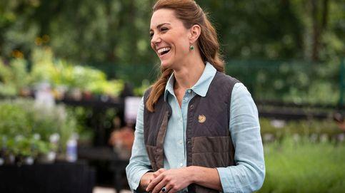 Kate Middleton sale del confinamiento con sus zapatillas de Superga favoritas