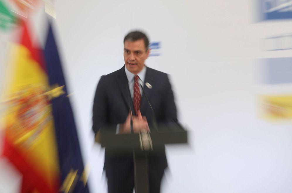 Foto: El presidente del Gobierno, Pedro Sánchez, este 18 de junio en la presentación del plan de impulso al turismo, en la Moncloa. (EFE)
