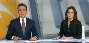 Post de Matías Prats sale al rescate de Mónica Carrillo tras una ataque de tos en directo