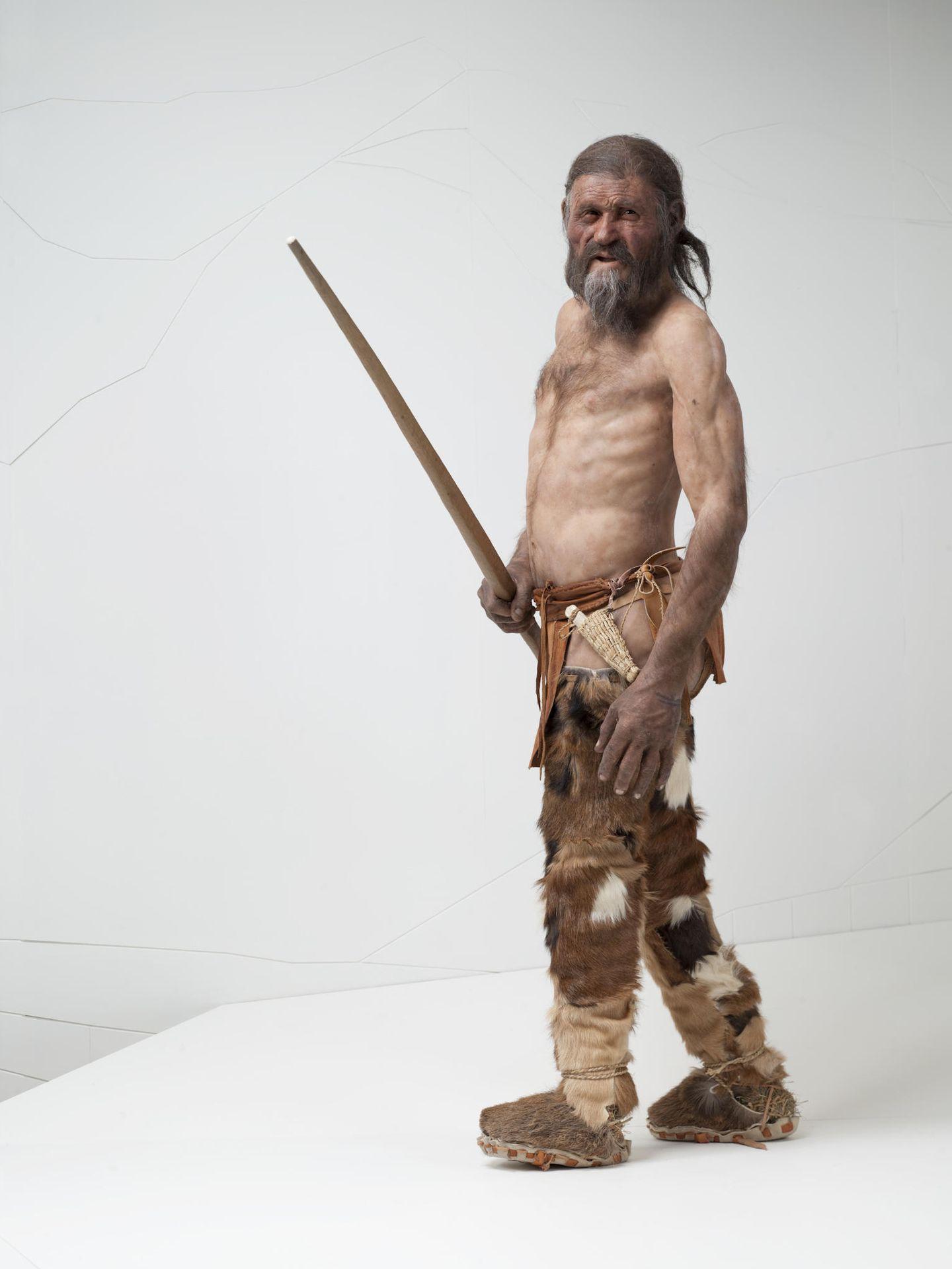 Una reproducción de Ötzi en el momento de su muerte, a los 45 años