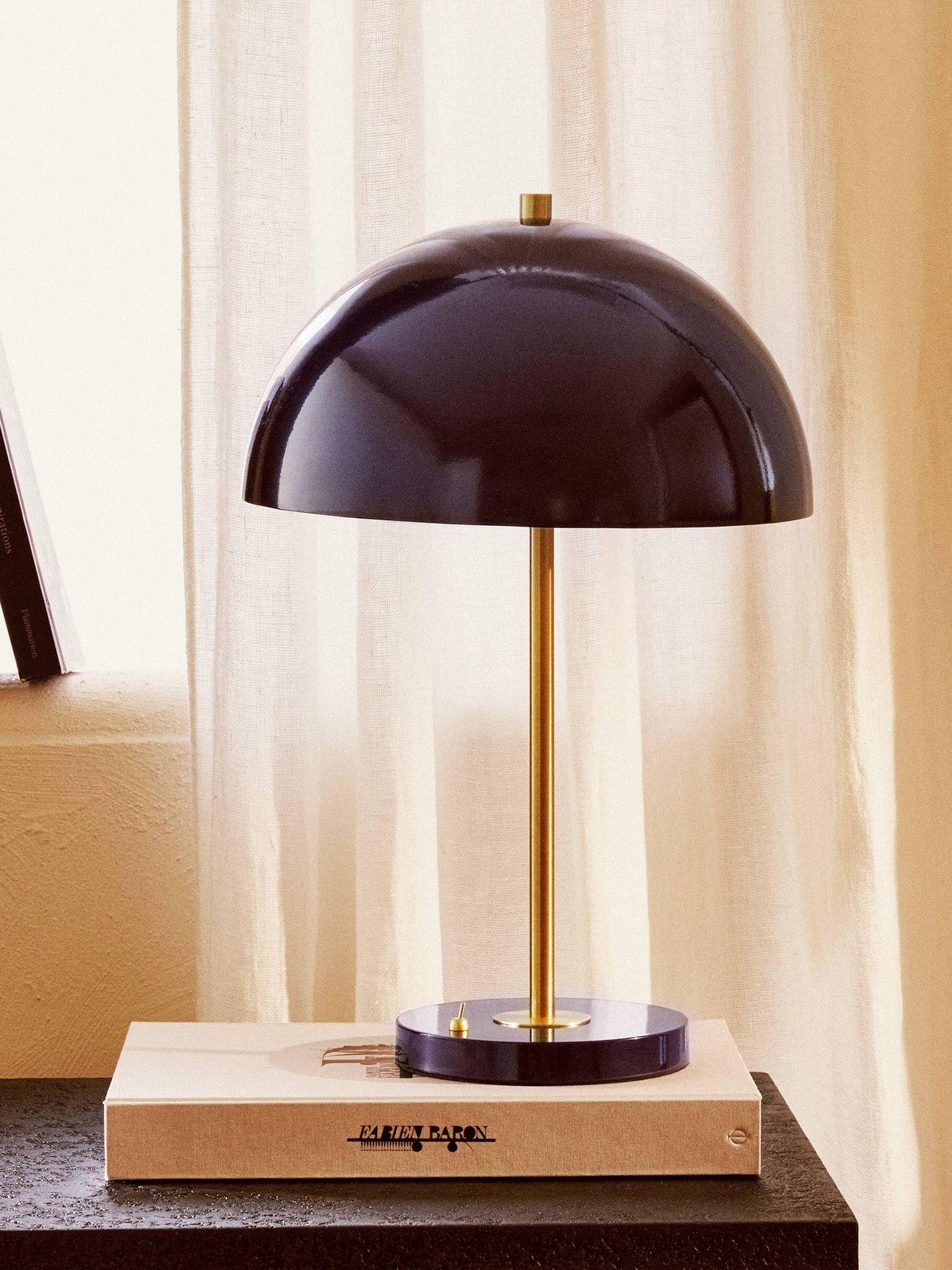 Lámparas de Zara Home. (Cortesía)