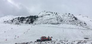 Post de Llega a España el 'snowfarming', el invento para guardar nieve en una estación de esquí